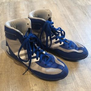 Adidas wrestling shoes -boys size 4- Mat Wizard